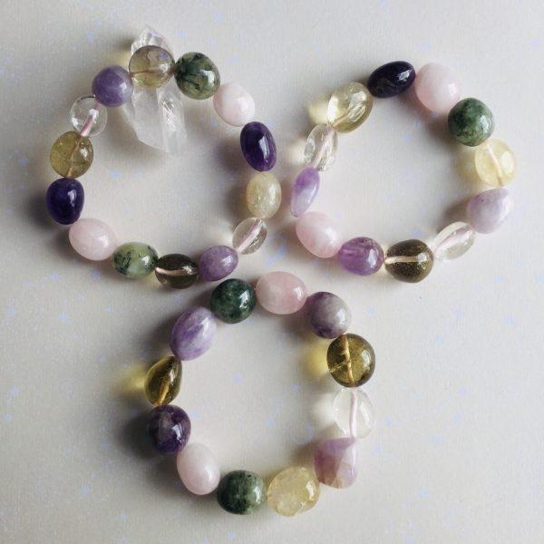 bracelet pierres roulees quartz rose amethyste citrine et cristal de roche