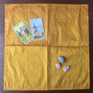 tapis tirage soie jaune